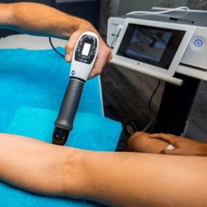 Shockwavetherapie|Tenniselleboog | Golfelleboog |Fysio Centrum Kamminga | Hengelo & Delden